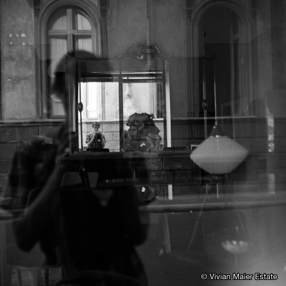 Geldanlage Value-Brain Werte schaffen mit Köpfchen Kunst-Investment: Self-portrait (Reflection, Windows & Mirrors) © Vivian Maier Estate